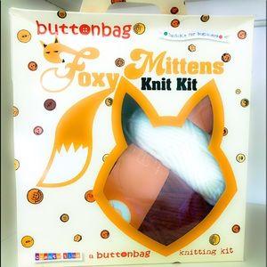 Foxy Mittens Knit Kit